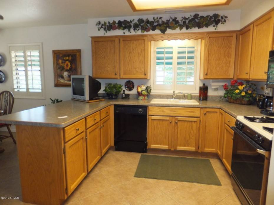 Kitchen Remodel Ideas On A Budget With Inexpensive Maple Cabinet