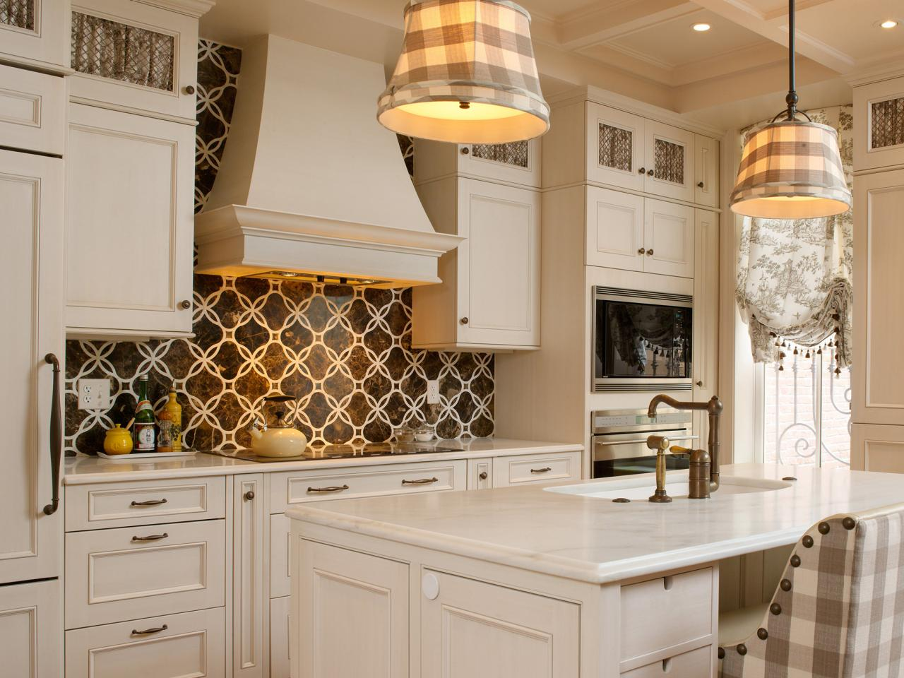 Classic Kitchen Designs and Decorating Ideas for Brown Pattern Tiles Kitchen Backsplash Designs