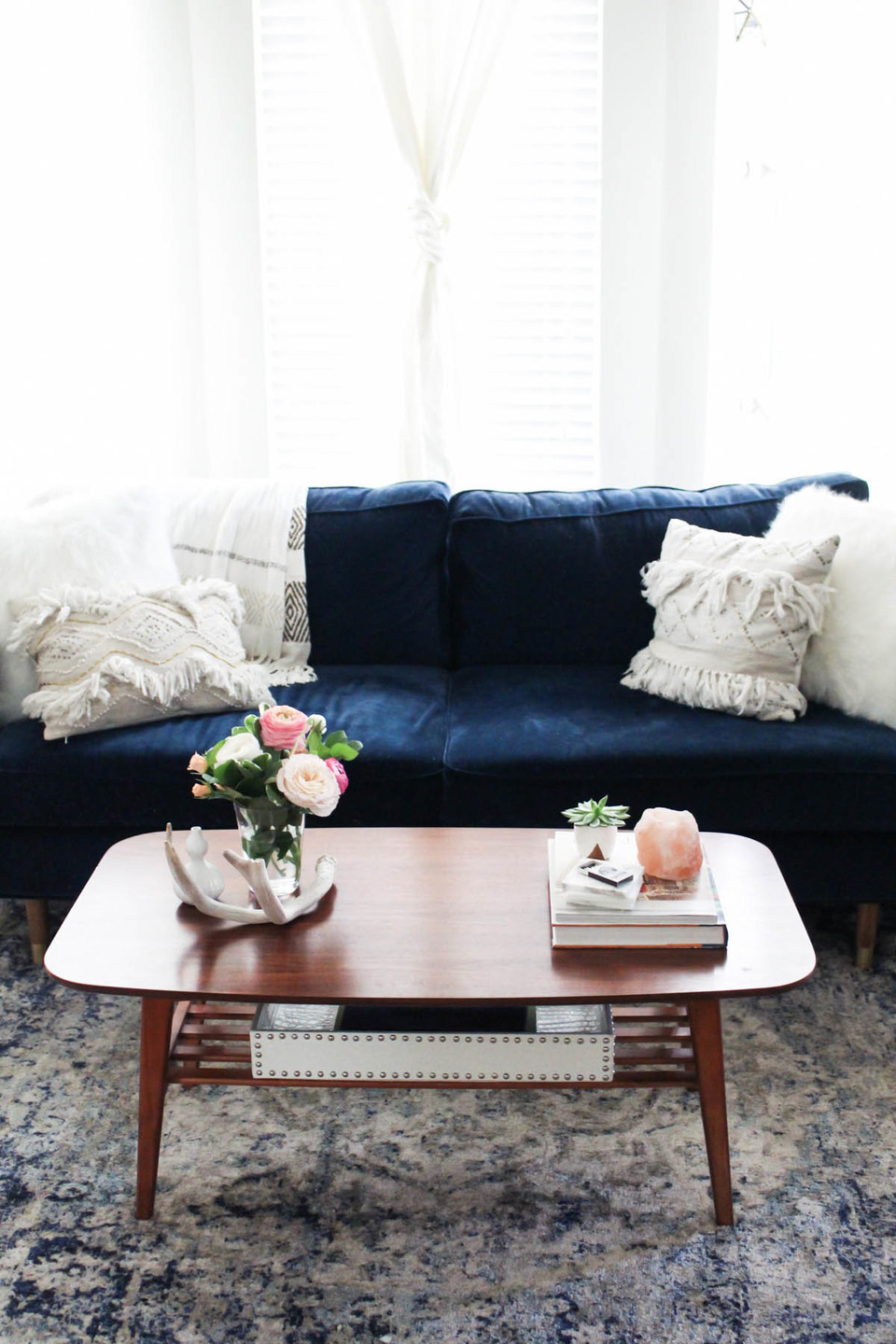 rooms to go coffee tables modern oval