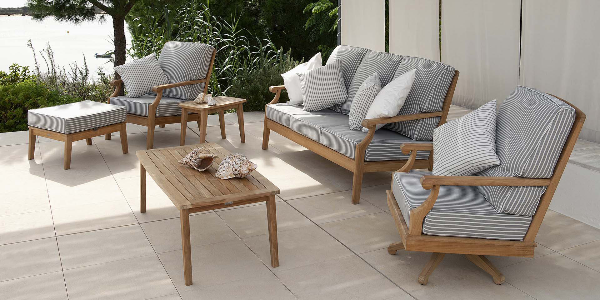 rooms to go coffee tables with wood square coffee table set