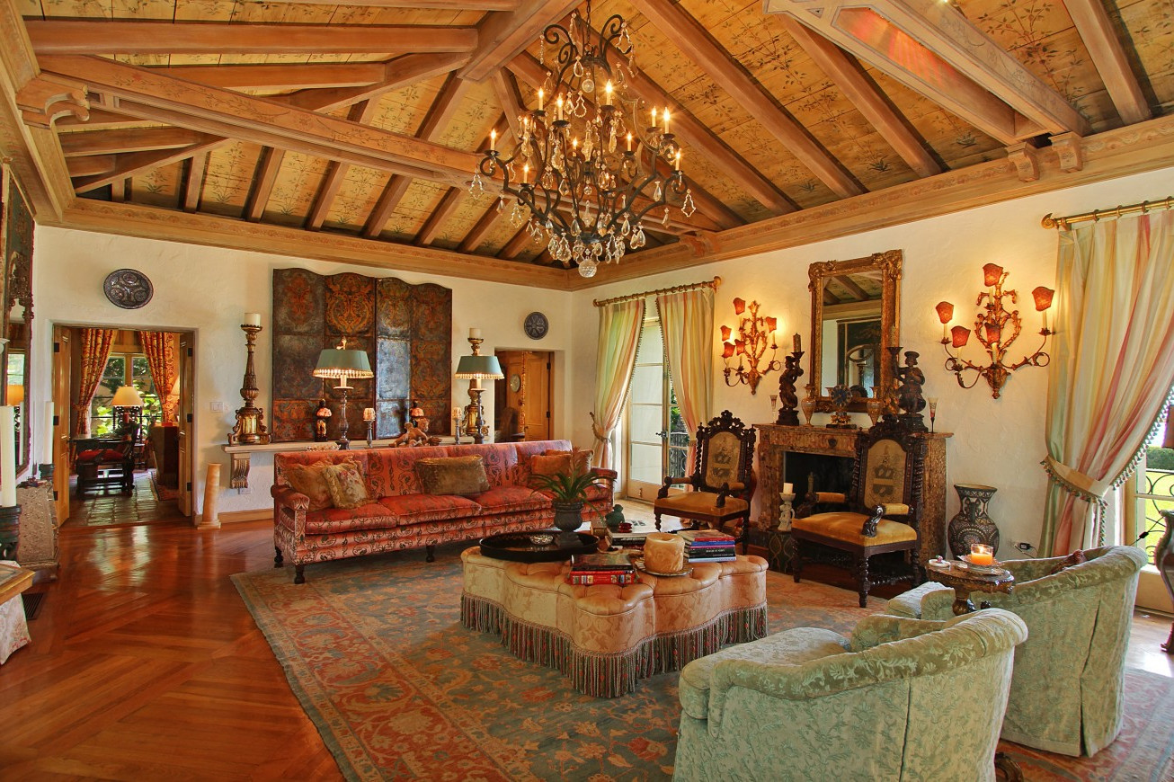 traditional wooden moroccan living room decor