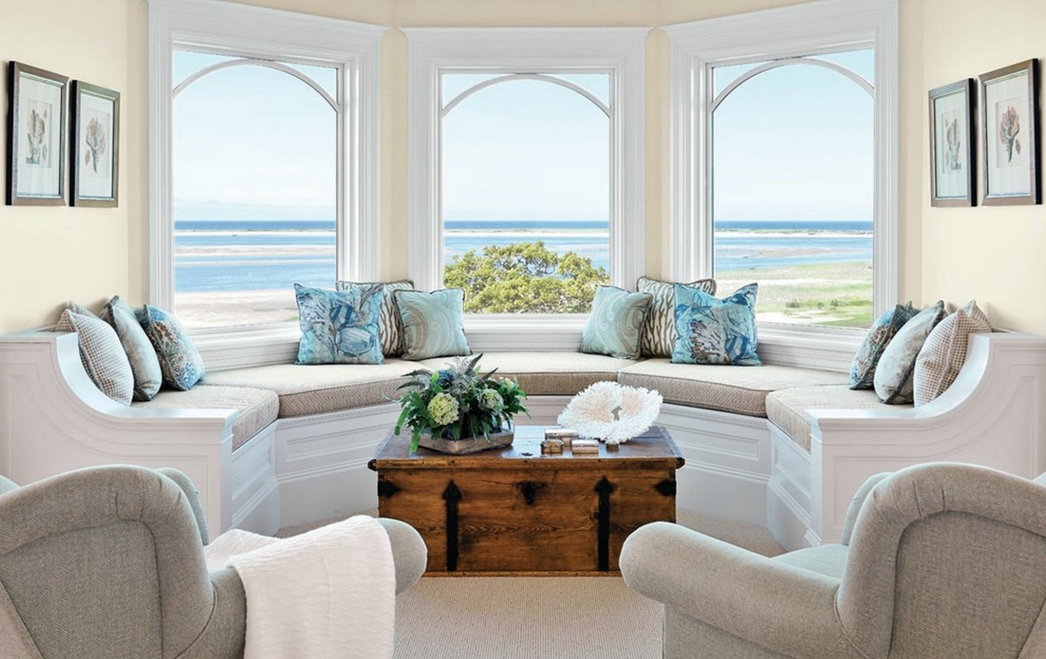 cozy beach themed coffee table decor ideas