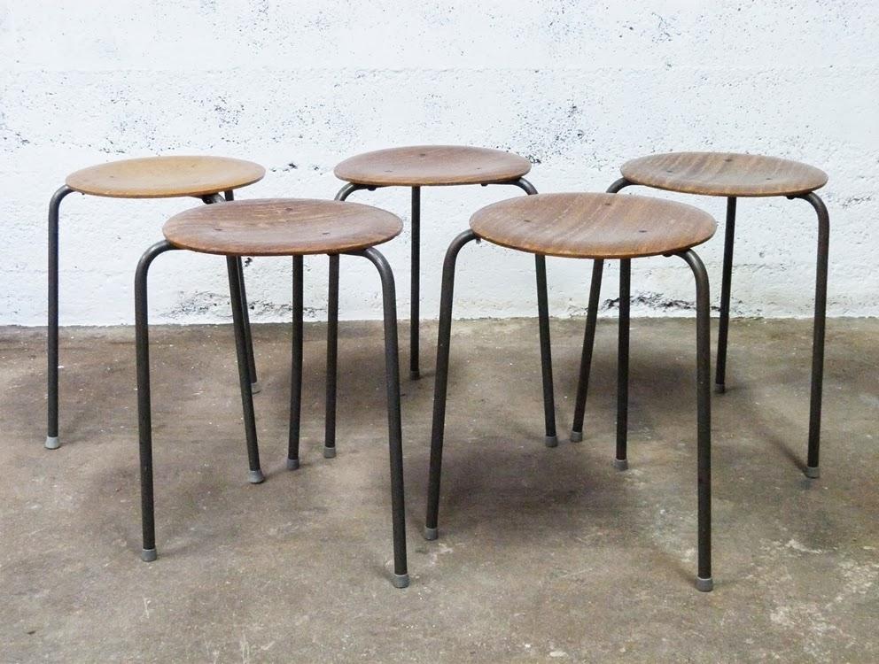 sale mid century modern furniture denver chairs raysa house. Black Bedroom Furniture Sets. Home Design Ideas