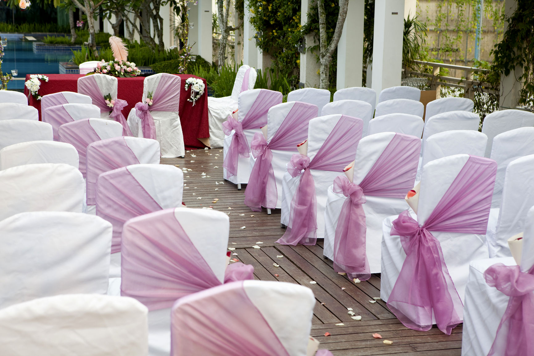 Outdoor Winter Decorating Ideas-winter-wonderland-wedding-theme-decorations-winter-wonderland-wedding-theme