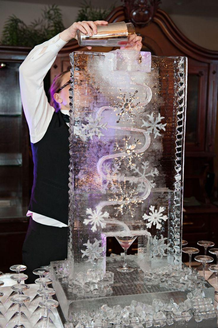 Winter Themed Wedding Ideas-breathtaking-winter-wonderland-inspired-wedding-ideas