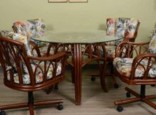 Buying Guide And Consideration To Get The Best Kitchen Chairs With Wheels | Raysa House