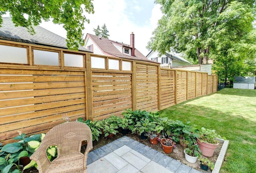 5 Mid Century Modern Fence Ideas To Complete Your House Look   Raysa House