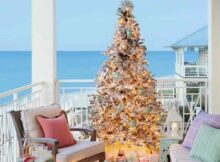 Give Aesthetic Look, Here Are 5 Chic Beach Themed Christmas Tree Decorations | Raysa House