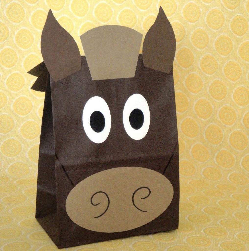 horse party gift bag ideas-horse party ideas-horse decor-my little pony party ideas diy