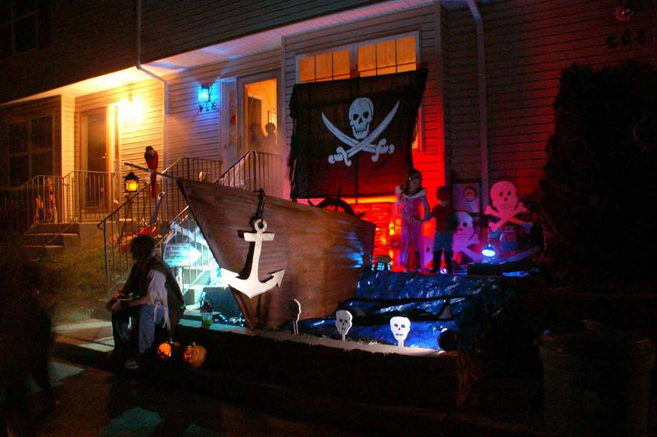 pirate-halloween-decorations-creative-clearance-pirate halloween props