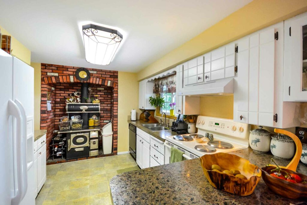 Kitchen Themed Decorations - Things To Consider Before You Set One | Raysa House
