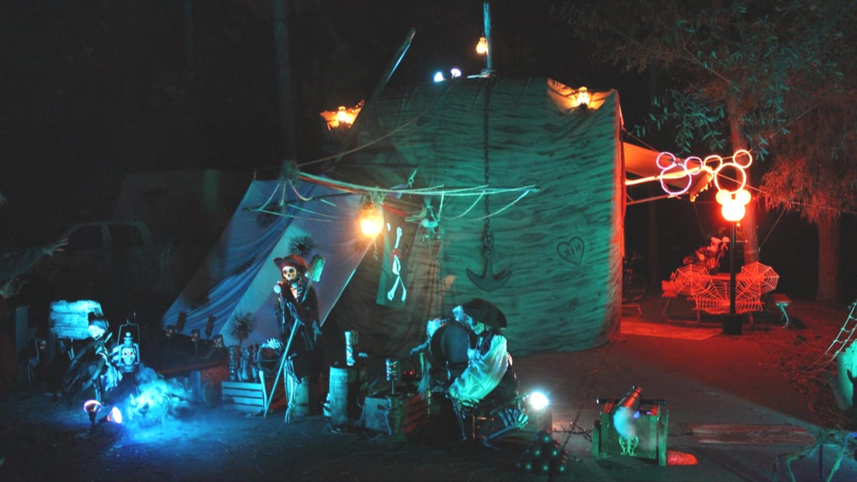 pirate themed halloween decorations | Fort Wilderness Halloween Site Decoration 2012 Winner, Walt Disney ..